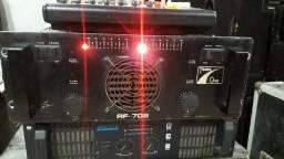 Título do anúncio: Amplificador Times One RF 702  2.600watts em RMS 2 ohms  em excelente estado.