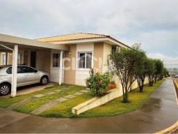 Casa de condomínio para venda possui 121 metros quadrados com 3 quartos em Centro - Arapor