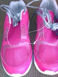 Tenis rainha NOVO n 35 feminino rosa e branco