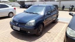Clio Sedam 1.6 16v - 2004
