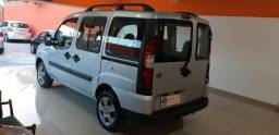 Doblo Essence 1.8 7 Lugares Black Friday 2017/2017 Completa Financio e Troco - 2017