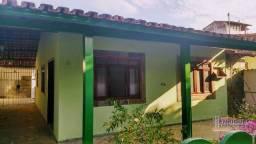 Araruama - Areal: Casa e Condomínio fechado 2 quartos (1 suíte)