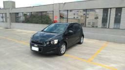 Chevrolet Sonic LT Automático - 2014