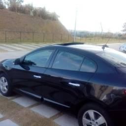 Vendo um lindo Renault fluence dynamic - 2011