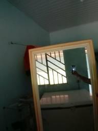 Vende-se um espelho grande