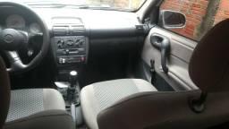Vendo excelente corsa sedan - 2001
