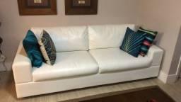Sofá branco em couro ecológico