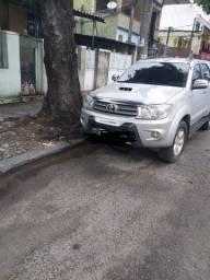 ***Toyota Hilux SW4 3.0 SRV 4X4 7 LUGARES COMPLETA *ACEITO OFERTA *