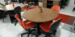 Mesas e cadeiras reunião