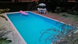 Casa com piscina sinuca churrasqueira