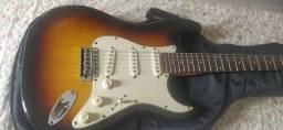 Procuro violão de nylon
