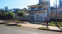 Casa dois pisos no bairro Santa Maria