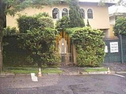 Título do anúncio: Casa com Piscina 4 quartos, 3 suítes, 4 vagas, quintal e churrasqueira no Morumbi