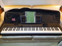 Piano digital Yamaha P-35