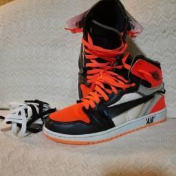 Título do anúncio: Tênis Nike Air Jordan semi novo n?39
