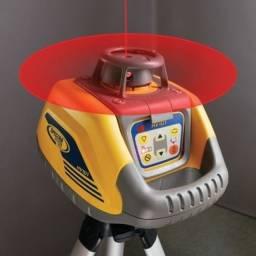 "Título do anúncio: Nivel Laser ""Spectra Precision HV101"" - seminovo, usado muito pouco!"