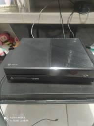 Título do anúncio: Xbox one 500 gb