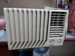 Título do anúncio: Ar Condicionado de janela 7500 BTUs