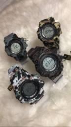 Título do anúncio: Relógios militar xufeng (aprova d?água)