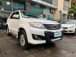 Título do anúncio: Toyota Hilux SW4 SR 4x2 2.7/ 2.7 Flex 16V Aut. 2014 Flex