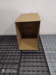 Título do anúncio: Caixas de papelão resistentes- 5 reais a unidade! Somente retirada.