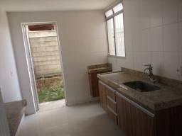 Título do anúncio: Apto com área privativa, bairro Camargos