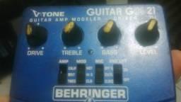 Pedal Behringer GDI 21 pedal para guitarra. Simulador de Amp Overdrive Direct Box