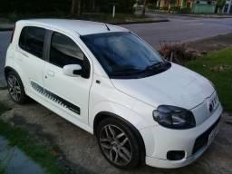Fiat Uno Sporting 1.4 8V (Flex) 4p 2013 R$ 25.000,00 - 2013