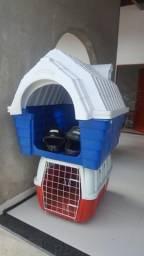 Casinha e caixa de transporte