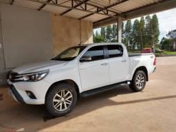 Toyota Hilux 4x4 - Diesel - Automática - 2016