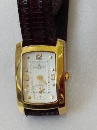 b674424136f Relógio Baume mercier ouro retangular quartsz