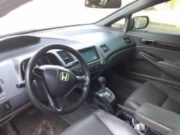 Vendo um hoda Civic 2007 com algums reparo valor 18500 - 2007