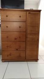 Cômoda de madeira maciça