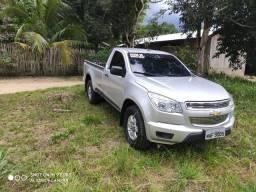 Vende-se Chevrolet S10 Cabine simples 4x4 diesel - 2014
