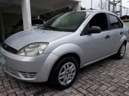 Fiesta Sedan 1.0 ano 2006 mecânica toda revisada - 2006