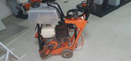 Usada Clipper maq de cortar piso 13 hp