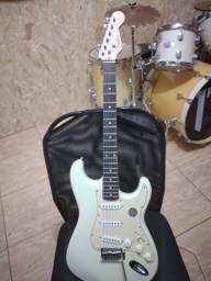 Guitarra squier fender