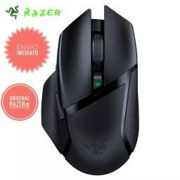 Mouse gamer sem fio RAZER Basilisk X Hyperspeed