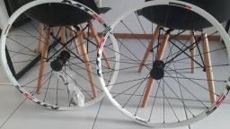 Rodas Shimano MT55 aro 26
