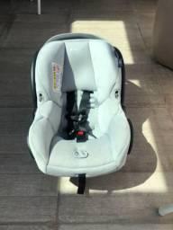 Bebê conforto Maxi-Cosi Mico30 + base para carro