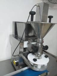 Maquina de Salgados  Marca Bralyx