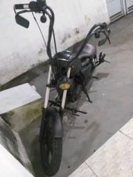 Título do anúncio: Moto intruder 125 estilo bobber