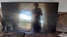 Vendo TV aoc 43 polegada pra retirar peça  Não dá imagem