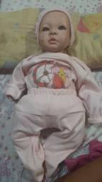 Vendo Bebê reborn com carinho e enxoval