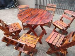 Mesinhas com 4 cadeiras