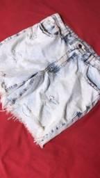 Título do anúncio: Bermudas jeans novas