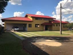 Casa 3 Dorm. com Piscina no Residencial Jatoba