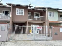 Título do anúncio: Sobrado para venda tem 130 metros quadrados com 3 quartos em Santo Antônio - Joinville - S