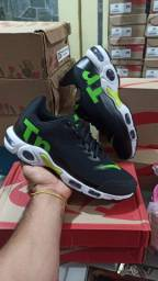 Tênis Nike TN