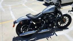 Harley Davidson 883 Iron Ano 2015 - 2015